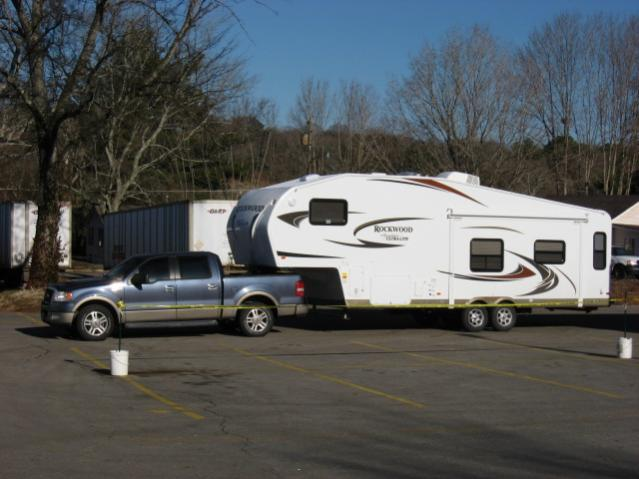 Click image for larger version  Name:NEW 5th wheel 013.jpg Views:85 Size:41.9 KB ID:4380
