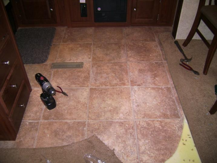 Click image for larger version  Name:Partially removed carpet.jpg Views:115 Size:47.8 KB ID:44429