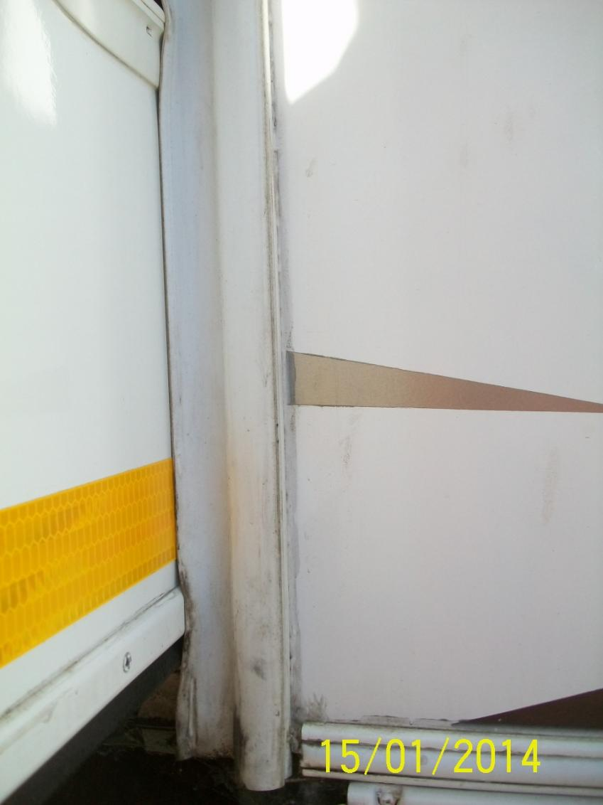 Click image for larger version  Name:5th wheel 009.jpg Views:79 Size:51.0 KB ID:45636