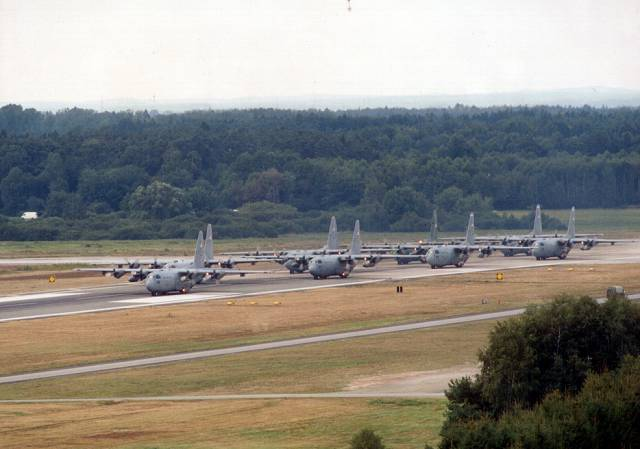 Click image for larger version  Name:Runway Formation.jpg Views:36 Size:36.1 KB ID:46412