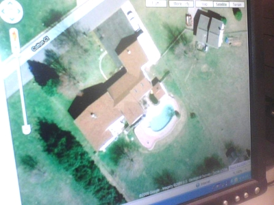 Click image for larger version  Name:our house from the sky.jpg Views:54 Size:52.5 KB ID:4668