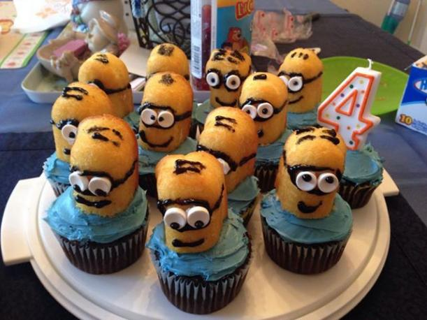 Click image for larger version  Name:4th birthday cupcakes.jpg Views:99 Size:48.6 KB ID:46749