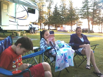 Click image for larger version  Name:camping 2013.jpg Views:385 Size:65.9 KB ID:47287