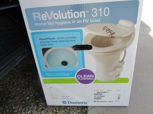 Click image for larger version  Name:Toilet-03-06-2011 007.jpg Views:89 Size:34.8 KB ID:4806