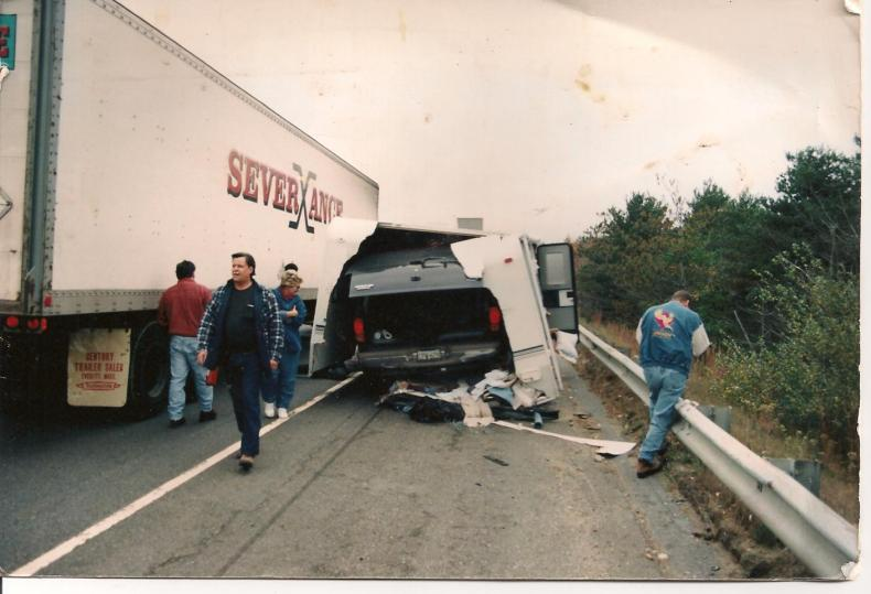 Click image for larger version  Name:OCT 1999.jpg Views:72 Size:55.6 KB ID:4878