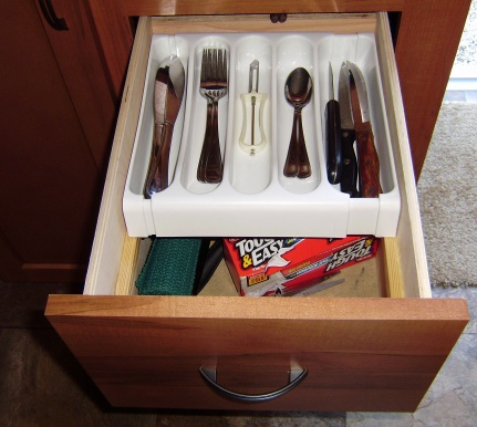 Click image for larger version  Name:Kitchen silverware drawer.jpg Views:122 Size:63.7 KB ID:50717