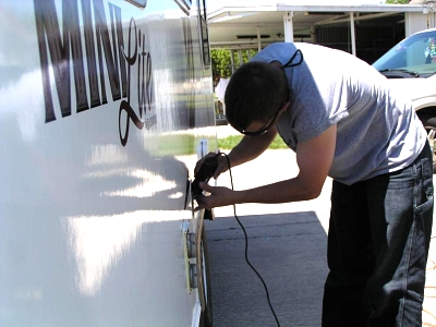 Click image for larger version  Name:Me cutting the hole 2.jpg Views:132 Size:54.5 KB ID:5155