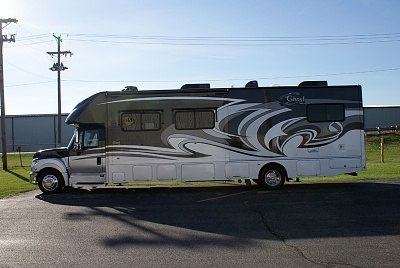 Click image for larger version  Name:2014-class-super-c-diesel-motorhomes-36G-Ghost (8).jpg Views:148 Size:155.8 KB ID:53462