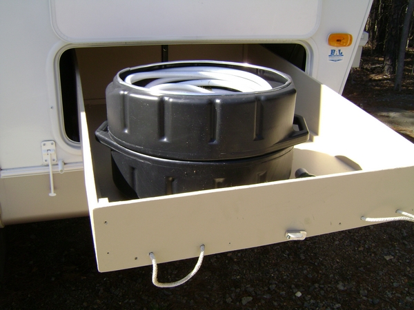 Click image for larger version  Name:RV Hose Storage Container 3.JPG Views:150 Size:187.9 KB ID:53560