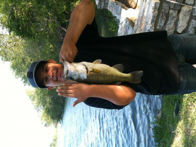 Click image for larger version  Name:Rusty's Bass.jpg Views:45 Size:56.7 KB ID:5368