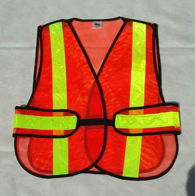 Click image for larger version  Name:safety vest.jpg Views:98 Size:40.2 KB ID:54212