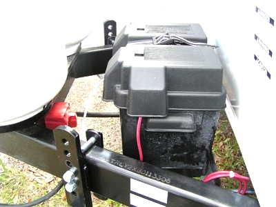 Click image for larger version  Name:switch mounted to trailer (Medium).jpg Views:162 Size:47.3 KB ID:5427