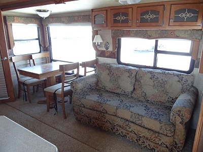 Click image for larger version  Name:Sofa and table.jpg Views:179 Size:67.4 KB ID:54666