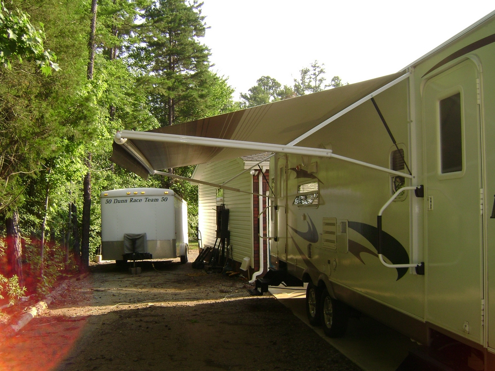 Click image for larger version  Name:Modified Awning 2.JPG Views:160 Size:641.3 KB ID:56404