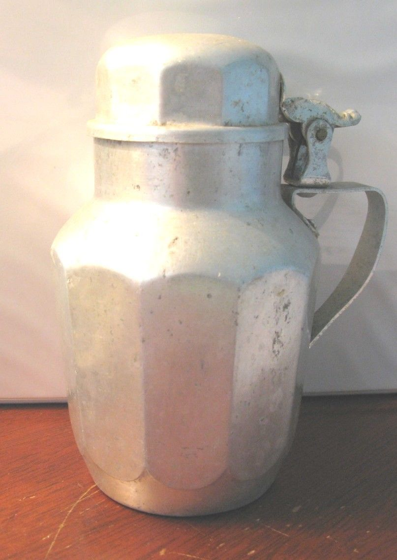 Click image for larger version  Name:Syrup pitcher.jpg Views:112 Size:84.0 KB ID:57058