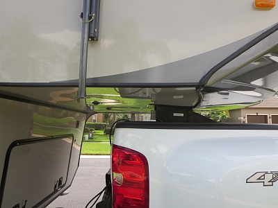 Click image for larger version  Name:Awning Pole Front Clearance.jpg Views:187 Size:235.6 KB ID:57239
