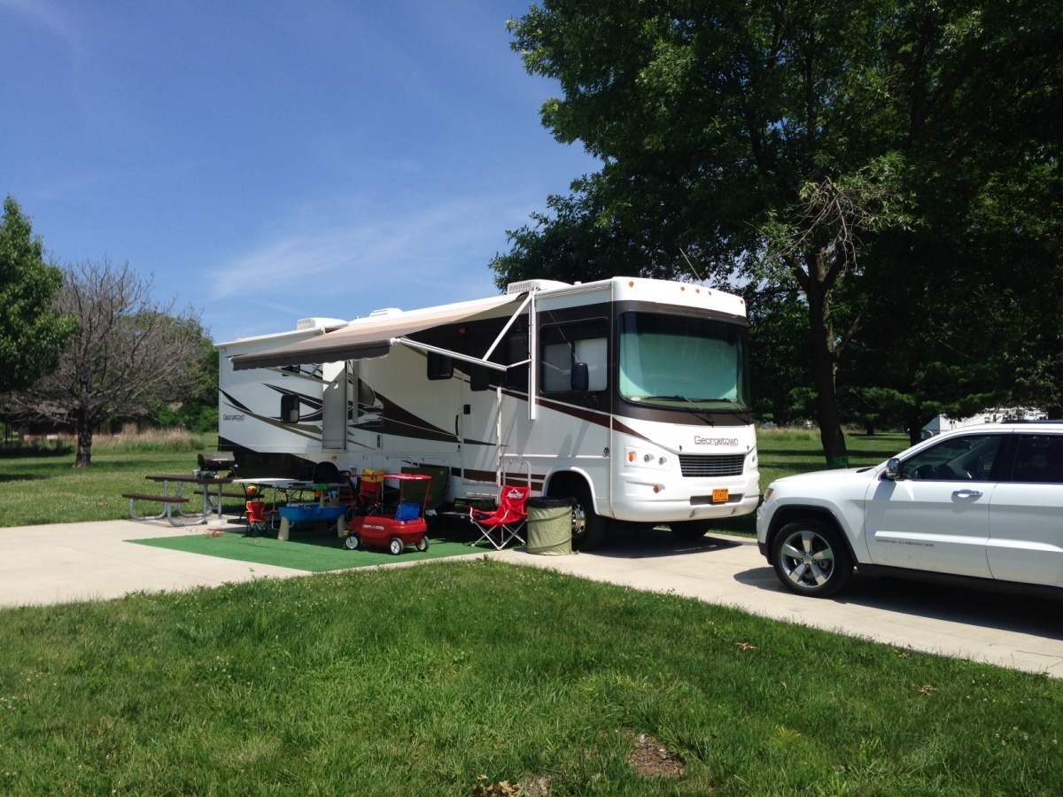 Click image for larger version  Name:camping.jpg Views:153 Size:438.6 KB ID:57812