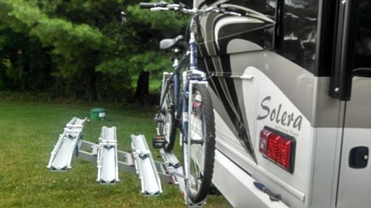 Click image for larger version  Name:bike rack 1upUSA.jpg Views:194 Size:30.0 KB ID:58179