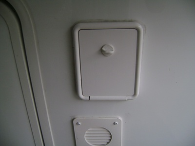 Click image for larger version  Name:Landing Jack Switch Compartment.JPG Views:198 Size:88.3 KB ID:59120