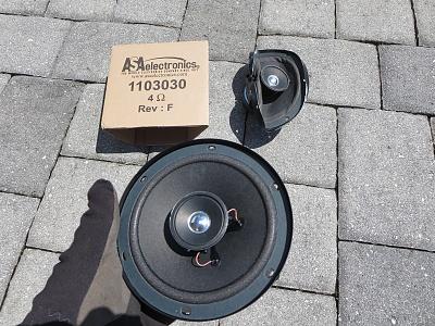 Click image for larger version  Name:Bedroom Front Speaker 2.jpg Views:158 Size:597.2 KB ID:60804