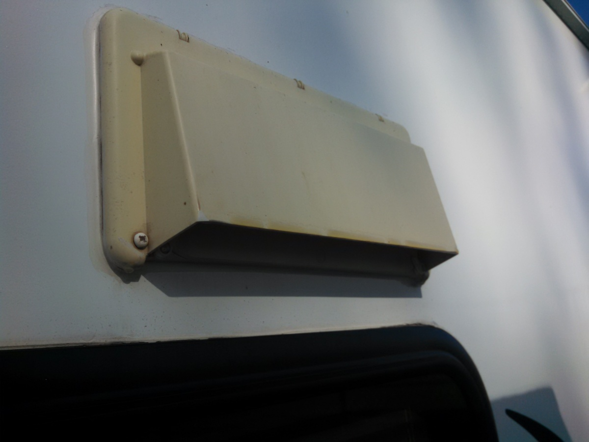 Click image for larger version  Name:Vent Hood Flap (2).jpg Views:254 Size:145.8 KB ID:62072