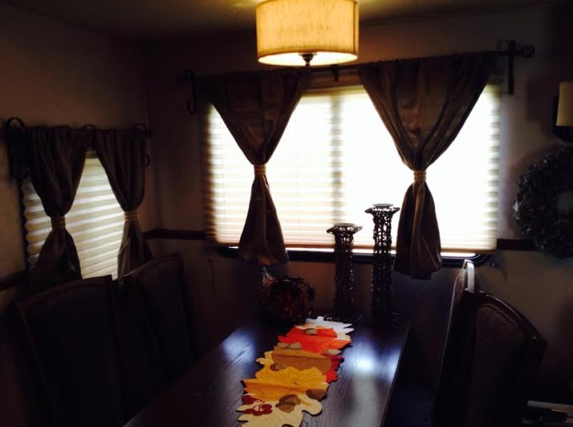 Click image for larger version  Name:curtains with handmade burlap tie backs.jpg Views:108 Size:34.5 KB ID:62979