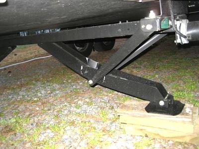 Click image for larger version  Name:camper damage 038.jpg Views:160 Size:53.9 KB ID:6305