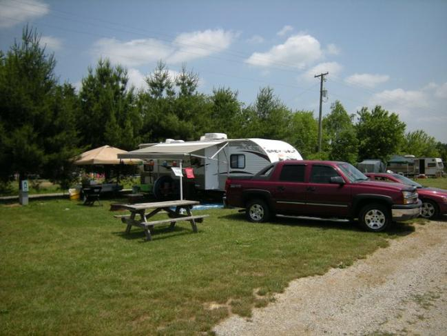 Click image for larger version  Name:Camping 1.jpg Views:57 Size:48.9 KB ID:6492