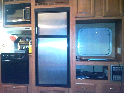 Click image for larger version  Name:cabinets.jpg Views:70 Size:45.8 KB ID:6609