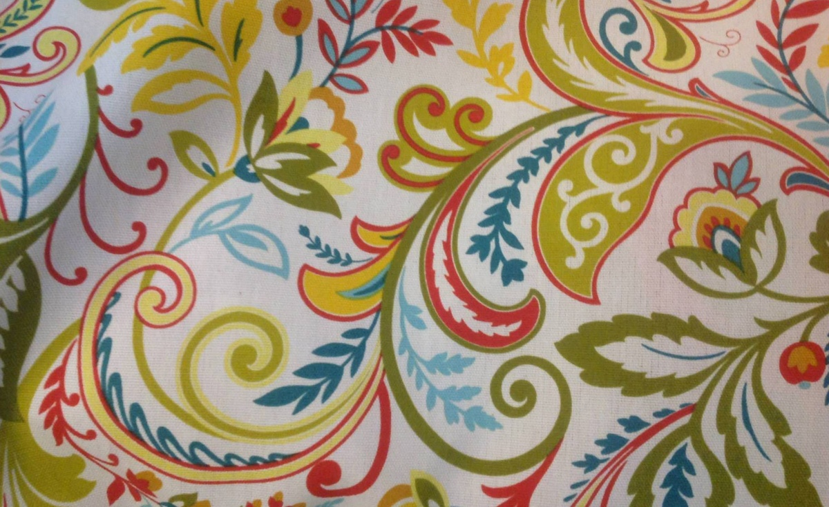 Click image for larger version  Name:Reissue curtain fabric croped.jpg Views:214 Size:328.1 KB ID:66634