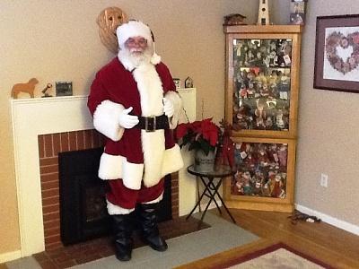 Click image for larger version  Name:Derek santa full.JPG Views:156 Size:134.3 KB ID:67534