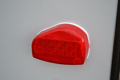Click image for larger version  Name:Tail_Lights_03.jpg Views:128 Size:142.8 KB ID:68676