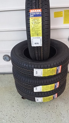 Click image for larger version  Name:trailer-tires.jpg Views:195 Size:70.2 KB ID:69563