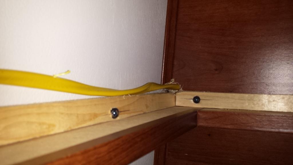 Click image for larger version  Name:cable strung to inside wall between cabinets.jpg Views:107 Size:166.7 KB ID:71042