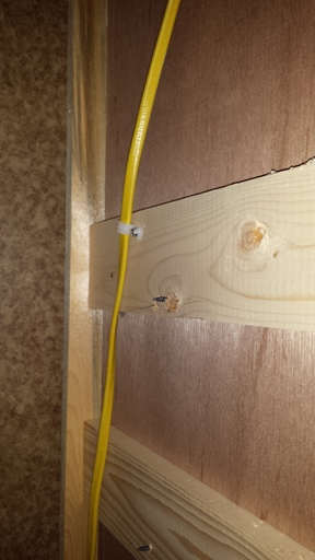 Click image for larger version  Name:inside closet wall string cable to basement.jpg Views:119 Size:69.3 KB ID:71043