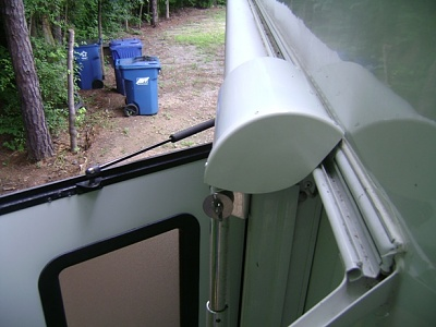 Click image for larger version  Name:Awning cover stowed.JPG Views:167 Size:154.9 KB ID:71814