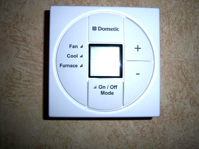 Click image for larger version  Name:Thermostat.jpg Views:43 Size:49.9 KB ID:7209