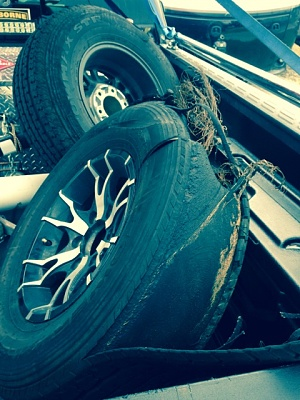 Click image for larger version  Name:eddies av tire blowout.jpg Views:86 Size:115.3 KB ID:72944
