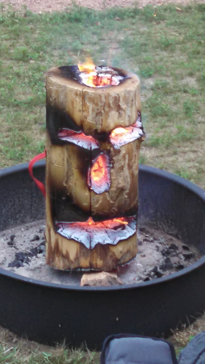 Click image for larger version  Name:Tiki campfire.jpg Views:112 Size:240.8 KB ID:73347