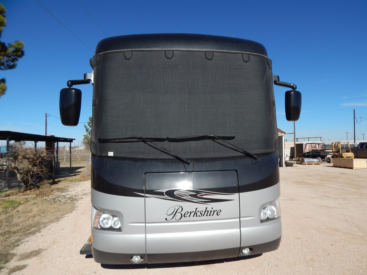 Click image for larger version  Name:motorhome front shade.jpg Views:152 Size:319.4 KB ID:77107