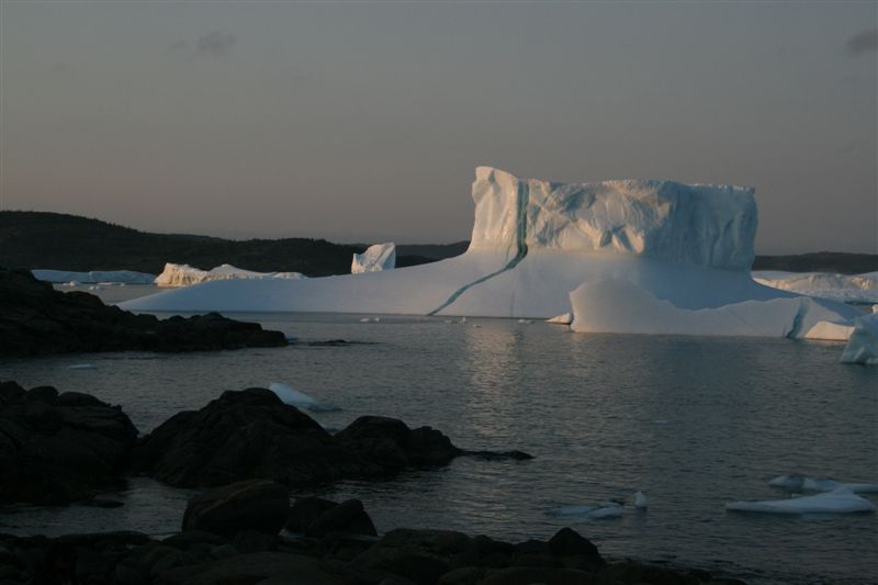 Click image for larger version  Name:iceberg2.JPG Views:40 Size:42.5 KB ID:7848