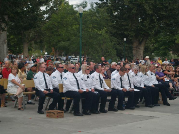 Click image for larger version  Name:911 Ceremony 004.jpg Views:33 Size:58.3 KB ID:7966