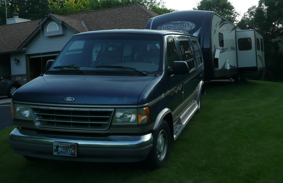 Click image for larger version  Name:Van Front.jpg Views:99 Size:419.0 KB ID:81555