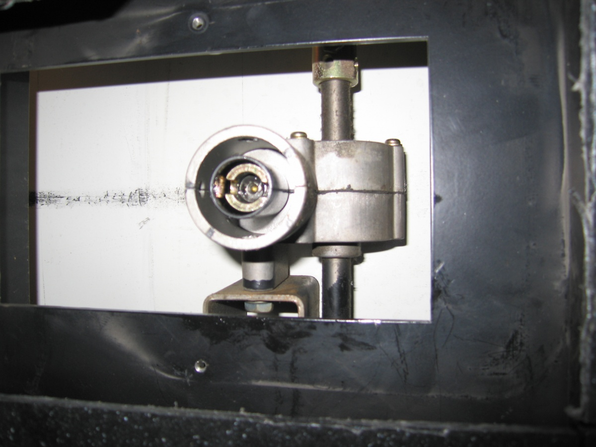 Click image for larger version  Name:IMG_2690 differential with axils.jpg Views:67 Size:214.8 KB ID:88710