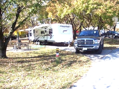 Click image for larger version  Name:truck camper.jpg Views:863 Size:50.3 KB ID:9161