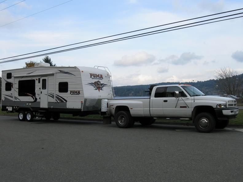 Click image for larger version  Name:Truck & Toyhauler 1.jpg Views:156 Size:53.1 KB ID:9169