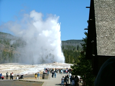 Click image for larger version  Name:Yellowstone 001_1.JPG Views:212 Size:277.8 KB ID:920