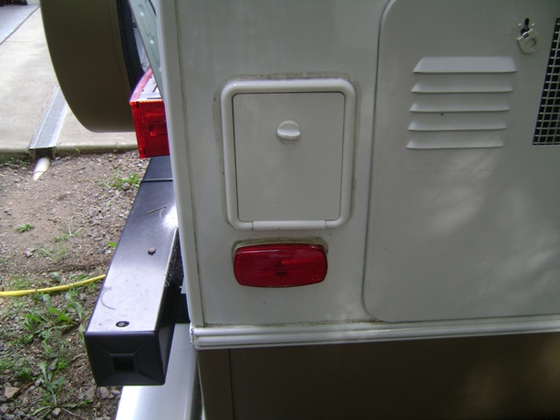 Click image for larger version  Name:Stab Jack Switch Compartment.JPG Views:159 Size:136.4 KB ID:92404