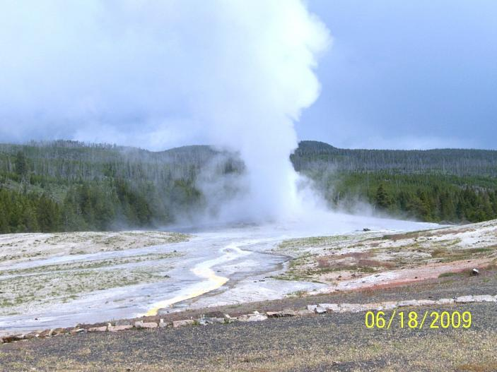 Click image for larger version  Name:6-18-09 Yellowstone Nat. Park 020.jpg Views:58 Size:54.2 KB ID:9351