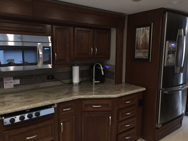 Click image for larger version  Name:kitchen.jpg Views:187 Size:90.8 KB ID:93634